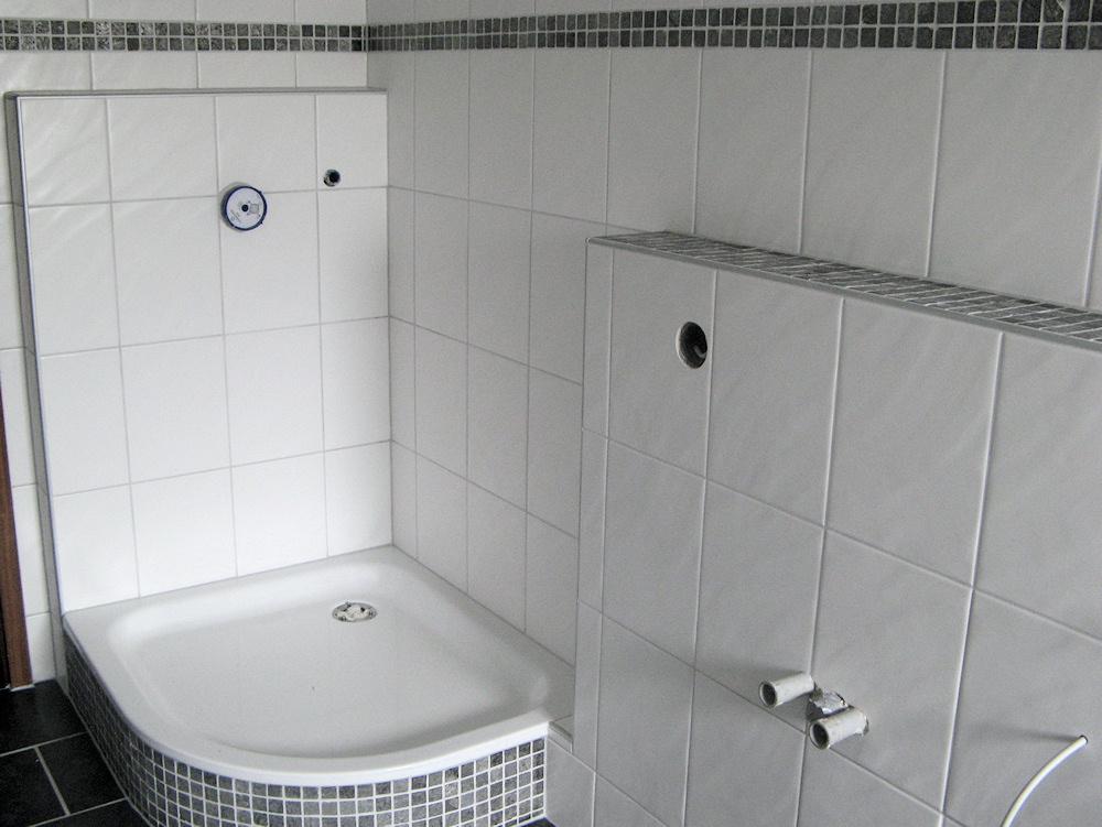 fliesenverlegung golek renovierung modernisierung. Black Bedroom Furniture Sets. Home Design Ideas